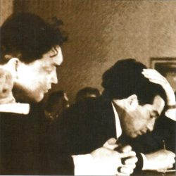 Ш.Есенов и Ш.Айтматов на заседании Верховного Совета