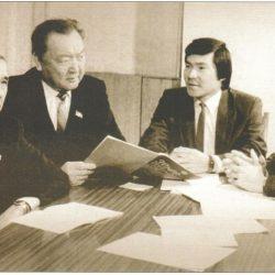 Депутаты-Акуев, Есенов, Сабденови Жумадылдаев
